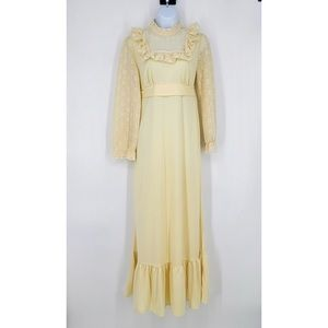 Vintage Prairie Ruffle Cream Tie Back Maxi Dress
